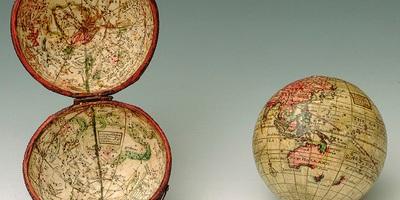 Terrestrial pocket globe